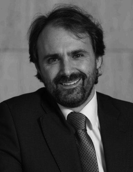 Nestor Aparicio